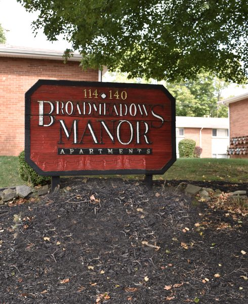 Broad Meadows Manor - Apartments in Columbus, OH